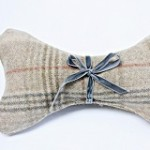 Balmoral tweed Squeaky toy Bone